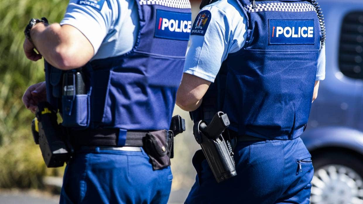 Police investigate reported shooting at Paihia backpackers hostel
